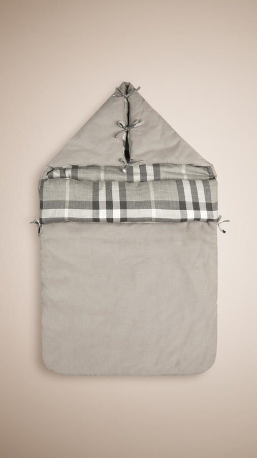 Burberry Baby Nest